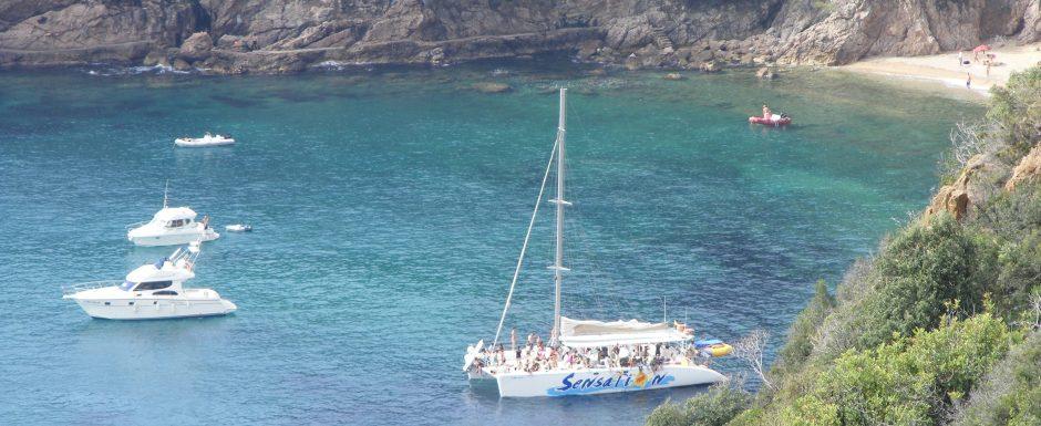 marona.cat holiday in Sant feliu de Guixols, go coving!